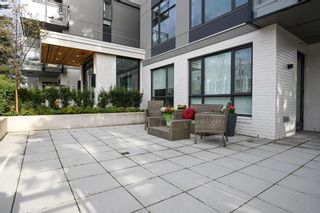 """Photo 12: 101 707 E 3RD Street in North Vancouver: Lower Lonsdale Condo for sale in """"Green on Queensbury"""" : MLS®# R2453734"""