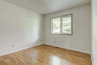 Photo 18: 32 VANDOOS Villas NW in Calgary: Varsity Semi Detached for sale : MLS®# A1075306