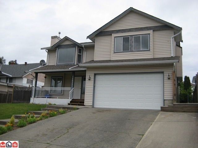 Main Photo: 14827 SPENSER Drive in Surrey: Bear Creek Green Timbers House for sale : MLS®# F1101059
