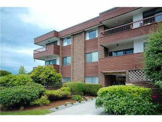 Main Photo: 103 122 E 17TH STREET in : Central Lonsdale Condo for sale : MLS®# V1015493