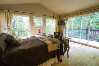 """Photo 7: 1109 PLATEAU Crescent in Squamish: Plateau House for sale in """"Plateau"""" : MLS®# R2254232"""