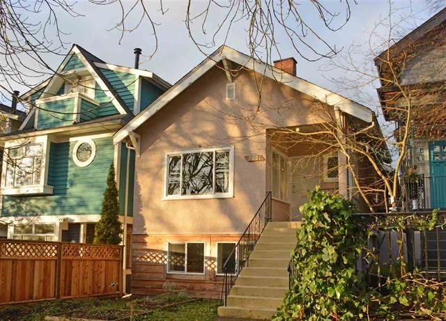 2021 Kitchener Street - 3 blocks from Commercial Drive shops, cafes, and restaurants!