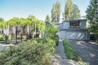 Photo 2: 3751 West 51st Ave in Vancouver: Home for sale : MLS®# V1066285