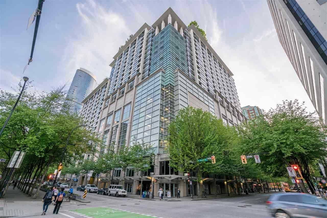 """Main Photo: 1610 938 SMITHE Street in Vancouver: Downtown VW Condo for sale in """"ELECTRIC AVENUE"""" (Vancouver West)  : MLS®# R2440218"""