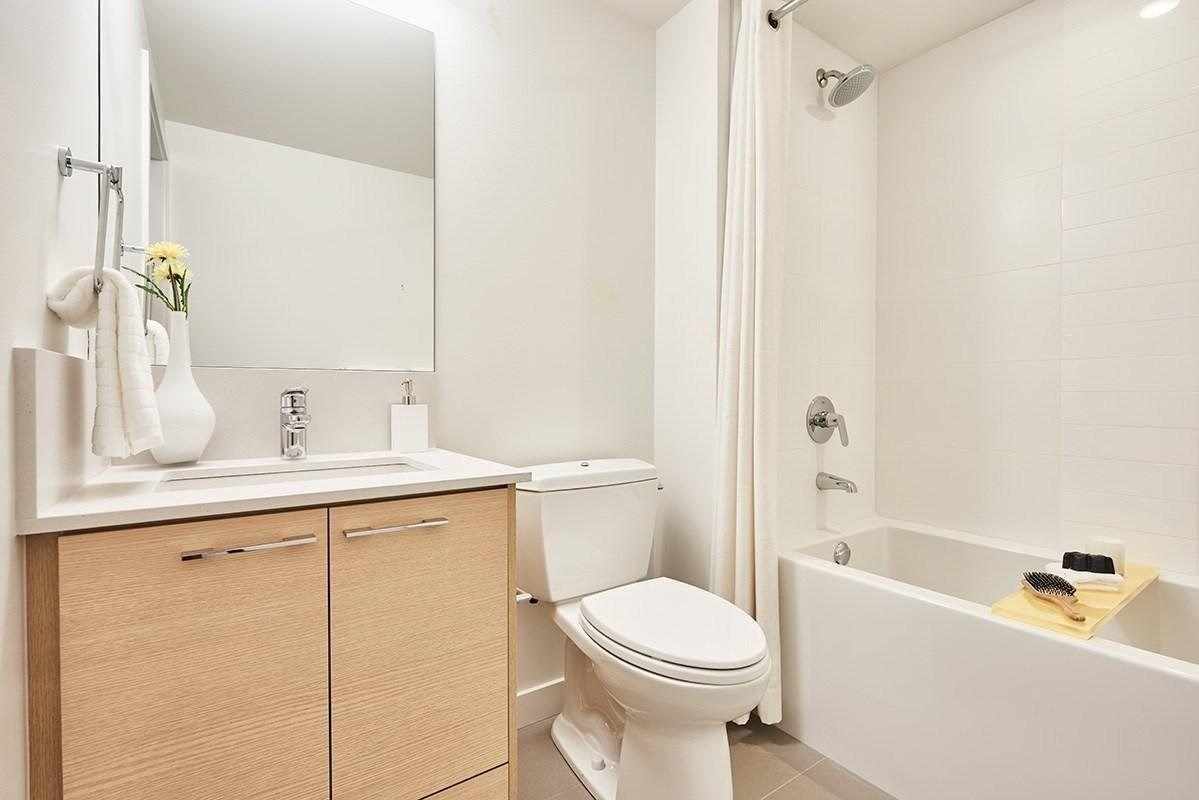 Photo 7: Photos: 510 10603 140 Street in Surrey: Whalley Condo for sale (North Surrey)  : MLS®# R2218090