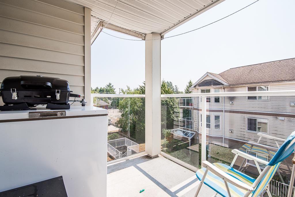 "Photo 17: Photos: 313 12739 72 Avenue in Surrey: West Newton Condo for sale in ""NEWTON COURT"" : MLS®# R2293338"