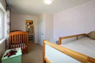 Photo 14: 12 Ashford Lane in Steinbach: R16 Residential for sale : MLS®# 202108408