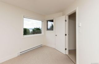 Photo 33: 8735 Pender Park Dr in North Saanich: NS Dean Park House for sale : MLS®# 868899