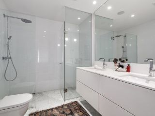 """Photo 9: 1887 W 2ND Avenue in Vancouver: Kitsilano Townhouse for sale in """"Blanc"""" (Vancouver West)  : MLS®# R2164681"""