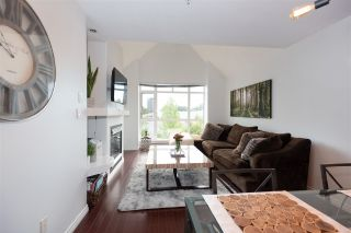 """Photo 3: 405 3148 ST JOHNS Street in Port Moody: Port Moody Centre Condo for sale in """"SONRISA"""" : MLS®# R2597044"""