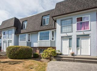 """Photo 1: 15 8311 STEVESTON Highway in Richmond: South Arm Townhouse for sale in """"GARDEN MANOR"""" : MLS®# R2604430"""
