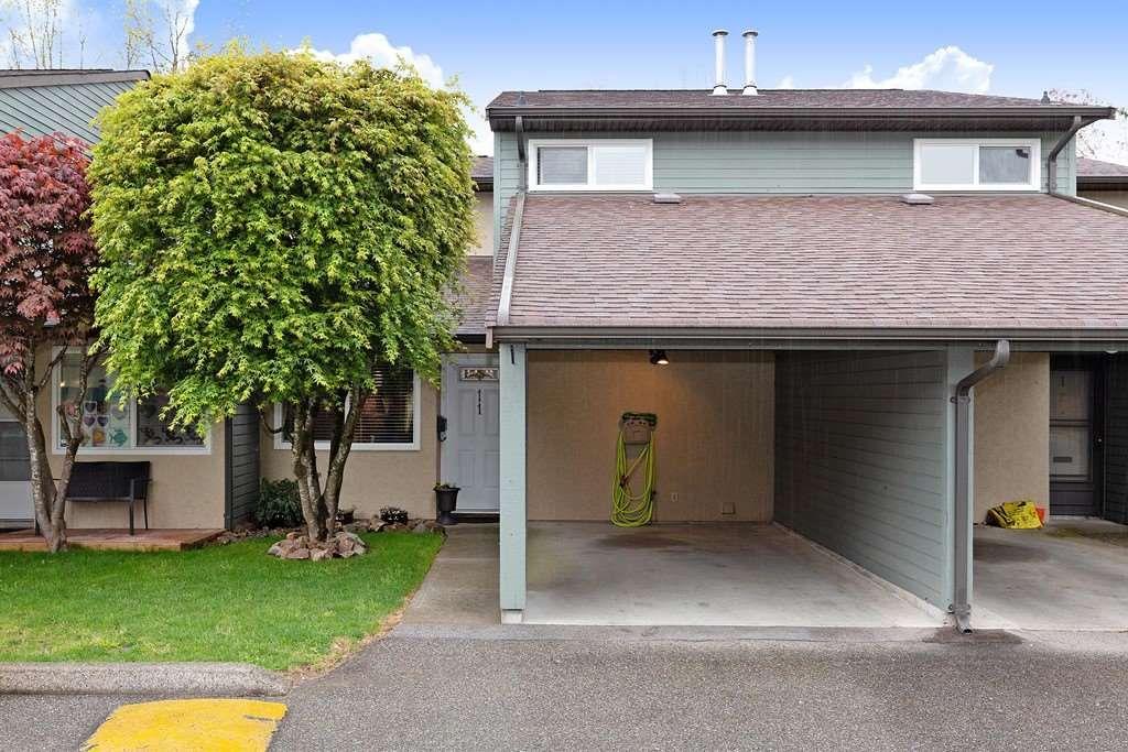 Main Photo: 11 20653 THORNE AVENUE in Maple Ridge: Southwest Maple Ridge Townhouse for sale : MLS®# R2452675
