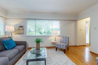 Photo 5: 1364 Finlayson St in VICTORIA: Vi Mayfair House for sale (Victoria)  : MLS®# 759051