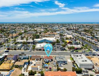 Photo 8: IMPERIAL BEACH House for sale : 2 bedrooms : 745 13th St