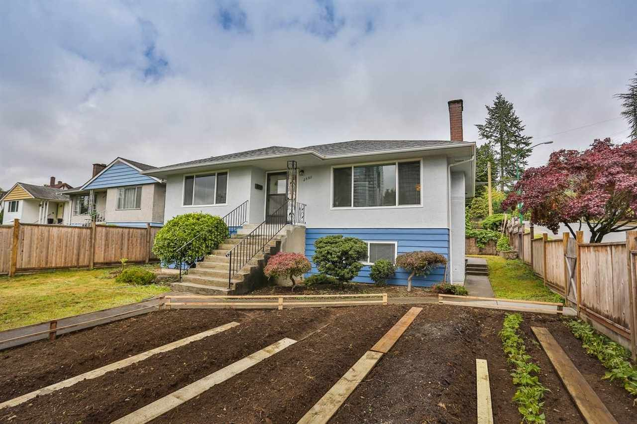 Photo 17: Photos: 5695 BROADWAY Street in Burnaby: Parkcrest House for sale (Burnaby North)  : MLS®# R2156672