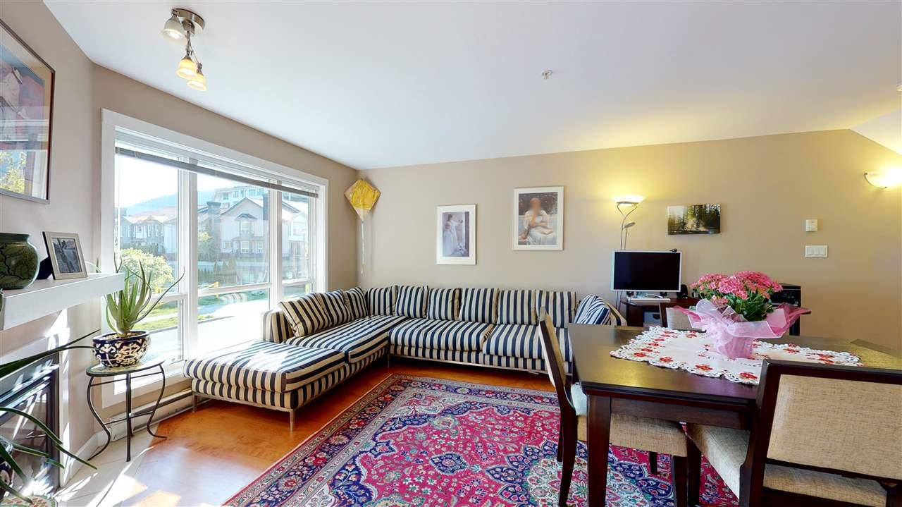 """Main Photo: 4 1261 MAIN Street in Squamish: Downtown SQ Townhouse for sale in """"SKYE - COASTAL VILLAGE"""" : MLS®# R2457475"""