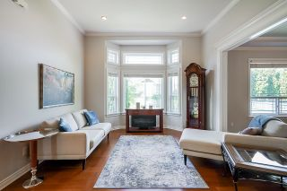 """Photo 5: 14708 31A Avenue in Surrey: Elgin Chantrell House for sale in """"HERITAGE TRAILS"""" (South Surrey White Rock)  : MLS®# R2596097"""