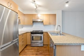 """Photo 5: 210 3105 LINCOLN Avenue in Coquitlam: New Horizons Condo for sale in """"LARKIN HOUSE"""" : MLS®# R2617801"""