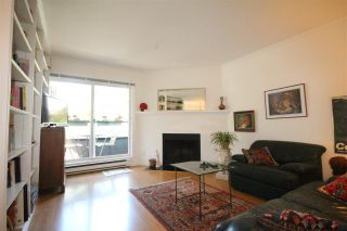 Photo 3: 103 1480 COMOX Street in Vancouver: West End VW Condo for sale (Vancouver West)  : MLS®# R2079978
