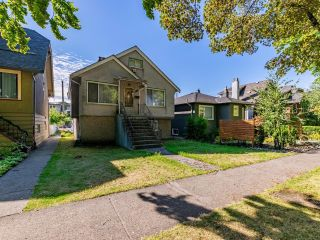 Main Photo: 2558 WILLIAM Street in Vancouver: Renfrew VE House for sale (Vancouver East)  : MLS®# R2620358