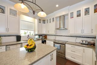 Photo 11: 8056 211B Street in Langley: Willoughby Heights House for sale : MLS®# R2498257