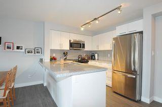 "Photo 5: 305 12075 EDGE Street in Maple Ridge: East Central Condo for sale in ""EDGE ON EDGE"" : MLS®# R2144452"