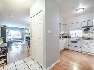 "Photo 13: 405 221 ELEVENTH Street in New Westminster: Uptown NW Condo for sale in ""THE STANFORD"" : MLS®# R2572440"