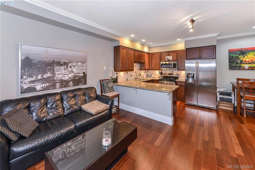 Photo 6: Photos: 307 755 Goldstream Ave in VICTORIA: La Langford Proper Condo for sale (Langford)  : MLS®# 785553