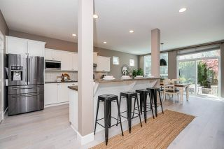 """Photo 8: 8351 209A Street in Langley: Willoughby Heights House for sale in """"Lakeside at Yorkson"""" : MLS®# R2568017"""