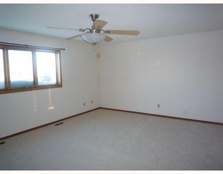 Photo 8: 26 SAPHIRE Place in WINNIPEG: West Kildonan / Garden City Residential for sale (North West Winnipeg)  : MLS®# 2903778
