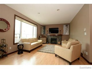 Photo 3: 14 WAGNER Bay: Balgonie Single Family Dwelling for sale (Regina NE)  : MLS®# 537726