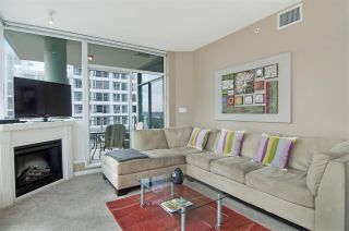 """Photo 2: 502 138 E ESPLANADE in North Vancouver: Lower Lonsdale Condo for sale in """"Premier at the Pier"""" : MLS®# R2108976"""