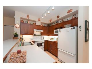 """Photo 4: 108 6198 ASH Street in Vancouver: Oakridge VW Condo for sale in """"THE GROVE"""" (Vancouver West)  : MLS®# V843824"""