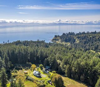 Photo 2: 2675 Anderson Rd in Sooke: Sk West Coast Rd House for sale : MLS®# 888104