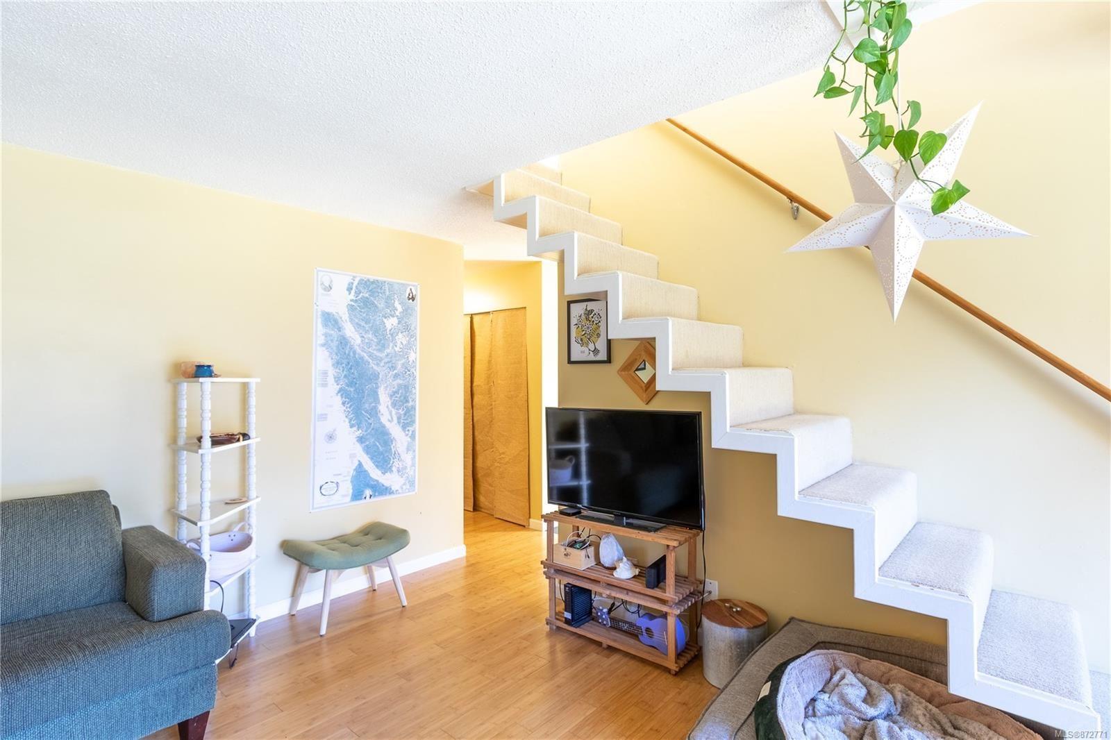 Photo 8: Photos: 305 205 1st St in : CV Courtenay City Condo for sale (Comox Valley)  : MLS®# 872771