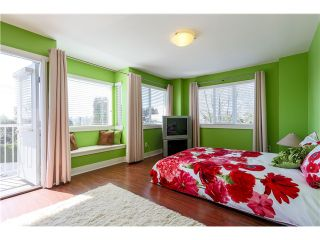 Photo 11: 638 FORBES AV in North Vancouver: Lower Lonsdale Condo for sale : MLS®# V1118672