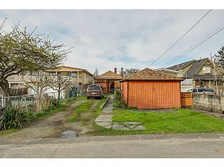 """Photo 13: 1288 E 26TH Avenue in Vancouver: Knight House for sale in """"CEDAR COTTAGE"""" (Vancouver East)  : MLS®# V1114314"""