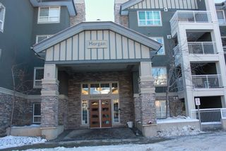 Photo 1: 426 35 Richard Court SW in Calgary: Lincoln Park Apartment for sale : MLS®# A1056433