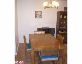 """Photo 17: 206 10698 151A Street in Surrey: Guildford Condo for sale in """"LINCOLN'S HILL"""" (North Surrey)  : MLS®# F1000089"""
