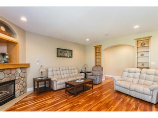 Photo 13: 21485 92B Avenue in Langley: Walnut Grove House for sale : MLS®# R2595008