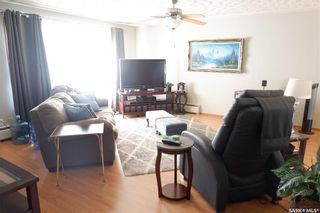 Photo 11: 112 Wood Crescent in Assiniboia: Residential for sale : MLS®# SK870891