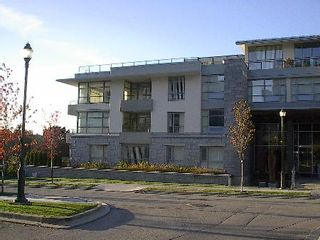 Photo 2: Prestige & Luxury in Chancellor House!