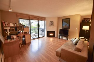 "Photo 1: 209 1484 CHARLES Street in Vancouver: Grandview VE Condo for sale in ""LANDMARK ARMS"" (Vancouver East)  : MLS®# R2257394"