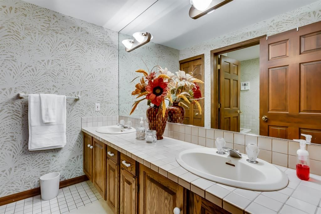 Photo 39: Photos: 831 PROSPECT Avenue SW in Calgary: Upper Mount Royal Detached for sale : MLS®# A1108724