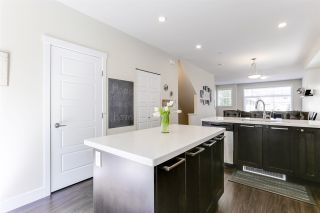 """Photo 4: 22 20966 77A Avenue in Langley: Willoughby Heights Townhouse for sale in """"NATURE'S WALK"""" : MLS®# R2370750"""