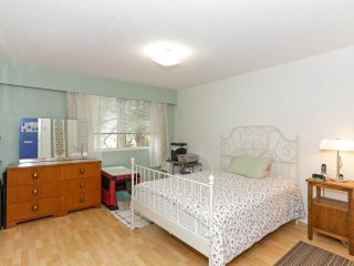 """Photo 13: 205 910 FIFTH Avenue in New Westminster: Uptown NW Condo for sale in """"Grosvenor Court"""" : MLS®# R2426702"""