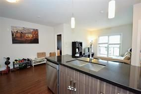 "Photo 6: 216 20219 54A Avenue in Langley: Langley City Condo for sale in ""SUEDE"" : MLS®# R2163721"