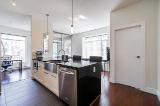 """Photo 3: 709 888 HOMER Street in Vancouver: Downtown VW Condo for sale in """"The Beasley"""" (Vancouver West)  : MLS®# R2592227"""
