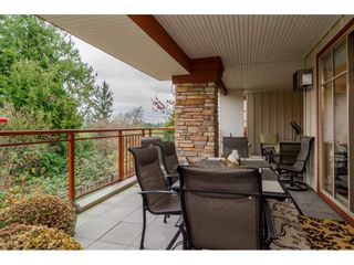 """Photo 16: 204 16433 64 Avenue in Surrey: Cloverdale BC Condo for sale in """"St. Andrews"""" (Cloverdale)  : MLS®# R2123466"""