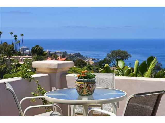 Main Photo: LA JOLLA House for sale : 3 bedrooms : 7475 Caminito Rialto